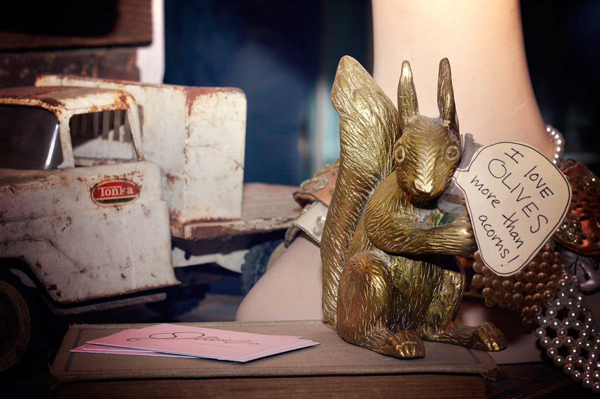 Olive's Very Vintage - Brooklyn, NY - brass squirrel - cards