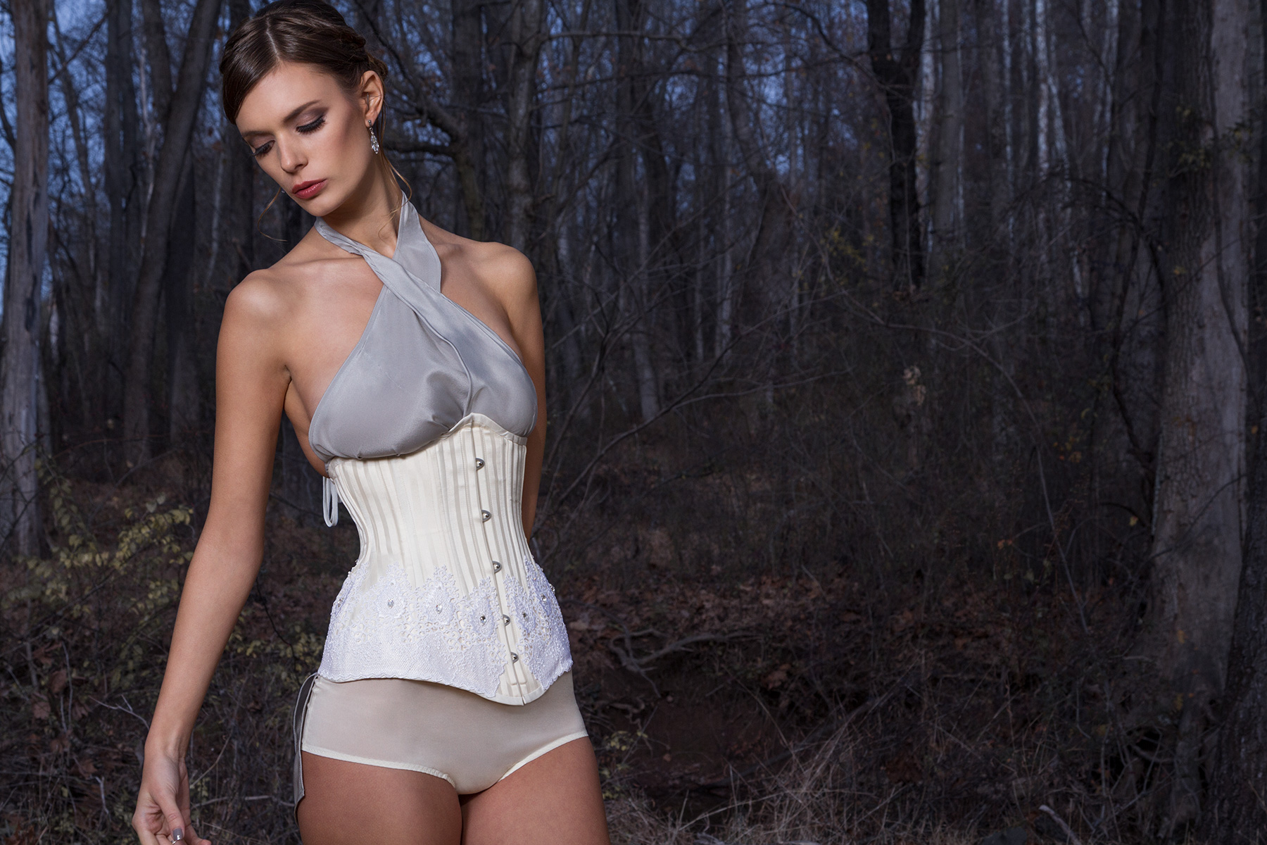 "the modern 1 - collection ""winter"" - deux lunes corsets"