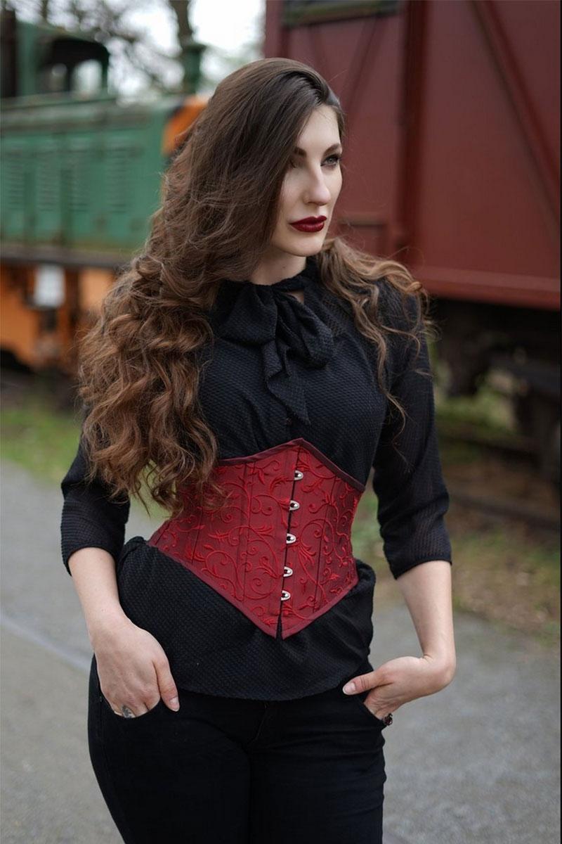 Minimal III - Bourdeaux embroidered silk